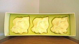Vintage Avon Boxed Set Golden Beauties Woman Figural Hostess Soaps Boxed... - $3.46
