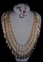 A Set of Fancy Pink Bib Necklace And Bracelet Quality Vintage Costume Je... - €11,79 EUR