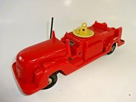 "Vintage 1950's Marx Toys 12"" Red Plastic Fire Truck w Horn Bulb Auc1 - $21.11"