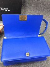 AUTHENTIC CHANEL ROYAL BLUE QUILTED VELVET MEDIUM BOY FLAP BAG SHW image 8