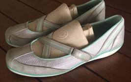 KEDS Women's Chase Mary Jane's Walking Running Sneaker 9.5 - $22.72