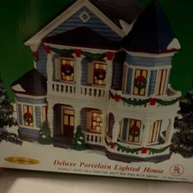 Deluxe Porcelain Light up House Christmas Decor - $30.69