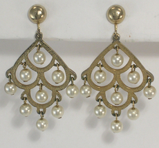 Clip On Earrings Chandelier Imitation Pearls and Gold Color Metal Sarah Coventry - $13.75