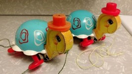 VINTAGE Fisher Price Turtle Pull Toys Set of 2 1960's - 70's - $9.74