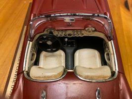 1957 Chevy Corvette Roadster 1:24 Scale Diecast Metal Model Car image 5