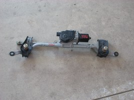 2015 MAZDA 3 WIPER MOTOR WITH LINKAGE
