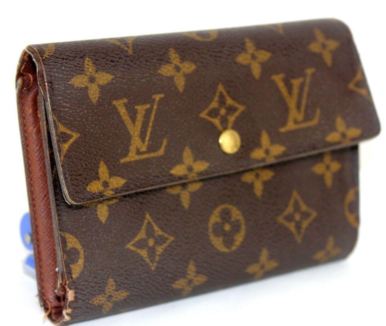 51ee571b73fe Auth Louis Vuitton Monogram Canvas Porte-Tresor Pochette Passport Trifold  Wallet