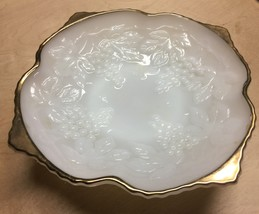 VTG ANCHOR HOCKING Fire King Milk Glass Fancy Grapes Motif Pedestal Dish... - $16.30