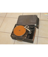 Antique Victor Victrola VV-50 Portable 78 Disc Phonograph For Restore At... - $259.00