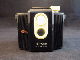 CUTE VINTAGE 1939-50 ANSCO PANDA TWIN LENS REFLEX TWO TONE PLASTIC CAMERA - $19.79