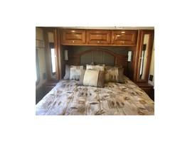 2014 Tiffin Motorhomes ALLEGRO BREEZE 32BR For Sale In Benicia, CA 94510 image 3