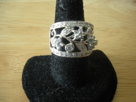 STERLING SILVER DIAMONIQUE CZ ACCENT FLOWERS ON VINE CIGAR BAND RING SIZE 5 - $33.79