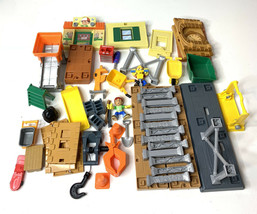 "Handy Manny Big Construction Job ""Manny's Workshop"" Playset Disney 50 Pi... - $30.93"