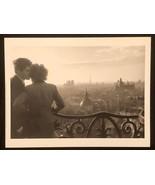 WILLY RONIS Photograph Les Amoureux Paris 9x12 Lithograph Portfolio Print - $23.19