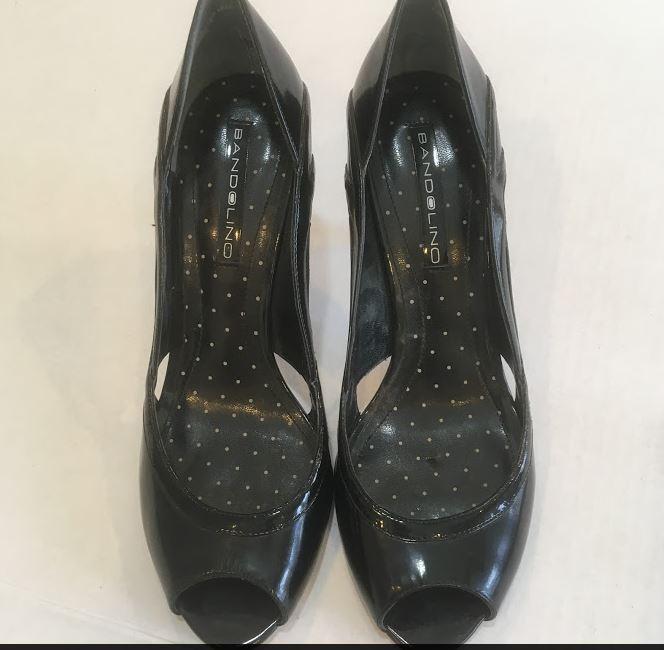 22b9cf905f93 Bandolino Womens 4 inch Size 8W Black Patent Leather Peek Toe Heels