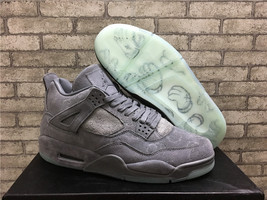 2017 Air Jordan 4 Retro KAWS SZ 8.5 Cool Grey Suede White Glow 930155-003