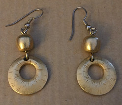 Vintage 1970s Textured Gold Plated Open Ring Hoop Bead Dangle Wire Hook ... - $45.95