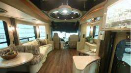 2004 Newell Coach QUAD SLIDE For Sale In Fort Myers FL image 3
