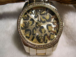 L17, Ladies Large Faced Face, Animal Print w/ Gold Tone Link Band w/b - $15.79
