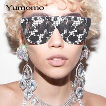 Sexy square sunglasses ladies fashion python pattern oversized sunglasses men an image 3
