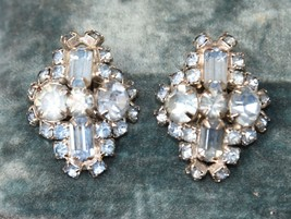 VINTAGE RHINESTONE EARRINGS PALE BLUE CLIP HIGH QUALITY PRONG SET SILVER... - $39.99
