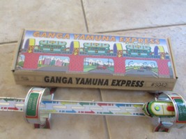 VTG WIND UP TIN LITHO RETURN TRAIN GANGA YAMUNA EXPRESS #S042 W/KEY WELB... - $7.87