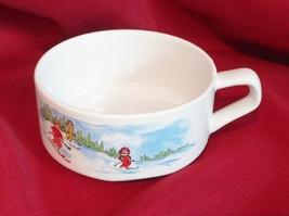 Campbell Kid 10 oz Handled Soup Mug Bowl Skiing - $14.99