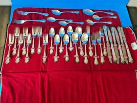 1968 Oneida Community Silverplate Fredericksburg 34 Piece with case - $100.00