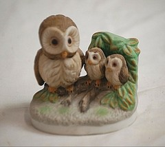 Vintage Bisque Owl w Babies on Tree Stump Bird Figurine Curio Cabinet Shelf - $14.84