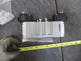 Parker H26WXXBL49C Three Position Double Solenoid Valve New image 3