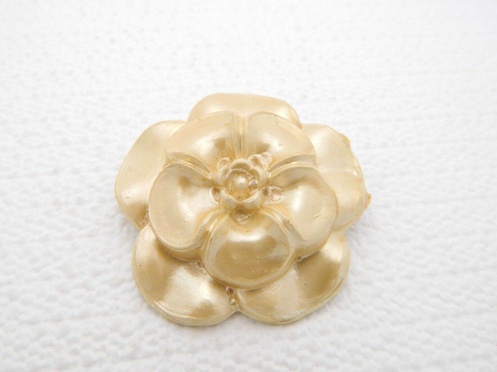 Vintage Light Gold Moonglow Flower Celluloid Pin Brooch
