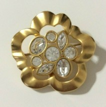 Vtg Swarovski Crystal Flower Gold Tone Brooch Pin Womens Fashion Jewelry - $29.69