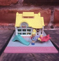 Vintage 1993 Polly Pocket Bluebird Polly's Toy Shop Pollyville Pink Road Playset - $34.99