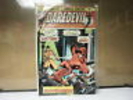 L3 MARVEL COMIC DAREDEVIL ISSUE #124 AUGUST 1975 IN GOOD CONDITION IN BAG - $19.59
