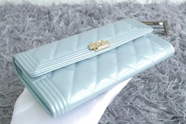 100% AUTH CHANEL PEARLESCENT BLUE QUILTED LEATHER BOY TRI-FOLD WALLET CLUTCH  image 4