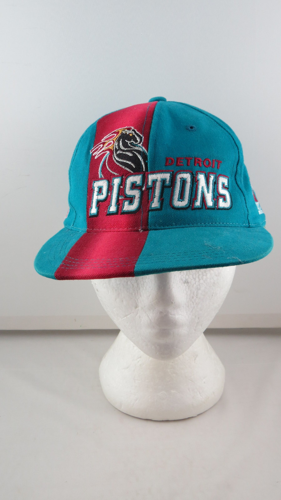 Detroit Pistions Hat (VTG) - Sports Specialties 1997 Draft Day - Adult Snapback