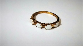 10K YELLOW GOLD WHITE OPAL OVAL 4-STONE BAND RING, SIZE 7, 0.40(TCW), 2.0 GRAMS - $129.99