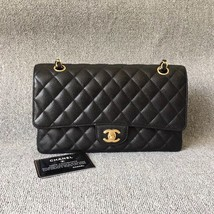 AUTHENTIC CHANEL BLACK QUILTED CAVIAR MEDIUM CLASSIC DOUBLE FLAP BAG Ghw