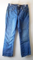 """Levis Strauss Signature Women's Jeans Size 8M Boot Cut - 5 Pocket - Mid Rise 10"""" - $13.12"""