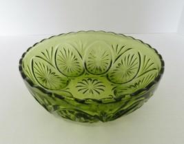 Medallion Green Avocad Star & Cameo Glass Vegetable Serving Bowl Anchor ... - $16.82