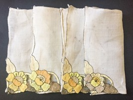 Vintage Yellow Flower Dainty Napkins Table Linens Floral Set Of Four Bei... - $8.90