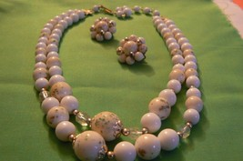 Beautiful Vintage Japan Gold Tone Double Strand Bead Necklace with Match... - $12.86