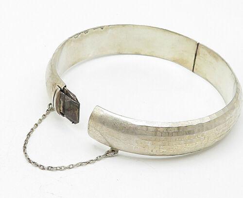 925 Sterling Silver - Vintage Sparkling Textured Hinged Bangle Bracelet - B5085
