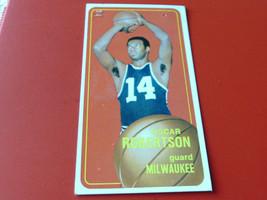 1970/71  TOPPS  # 100   OSCAR  ROBERTSON    MILWAUKEE   BASKETBALL   !! - $24.99