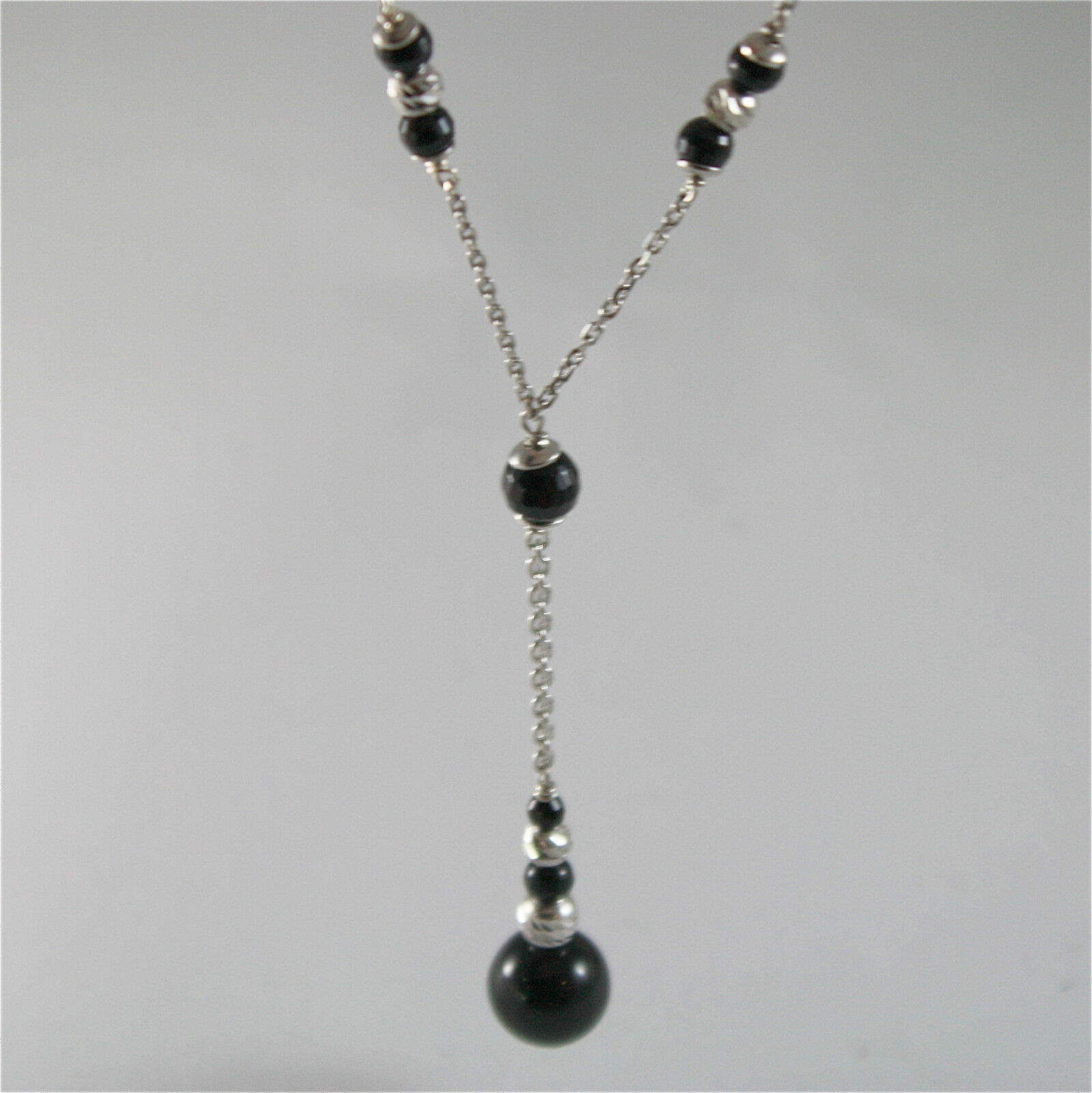 925 SILVER NECKLACE WITH 8 MM ROUND ONYX AND FACETED BALLS