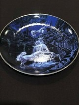 Royal Doulton Serenity Of The Unicorns Plate - $9.89
