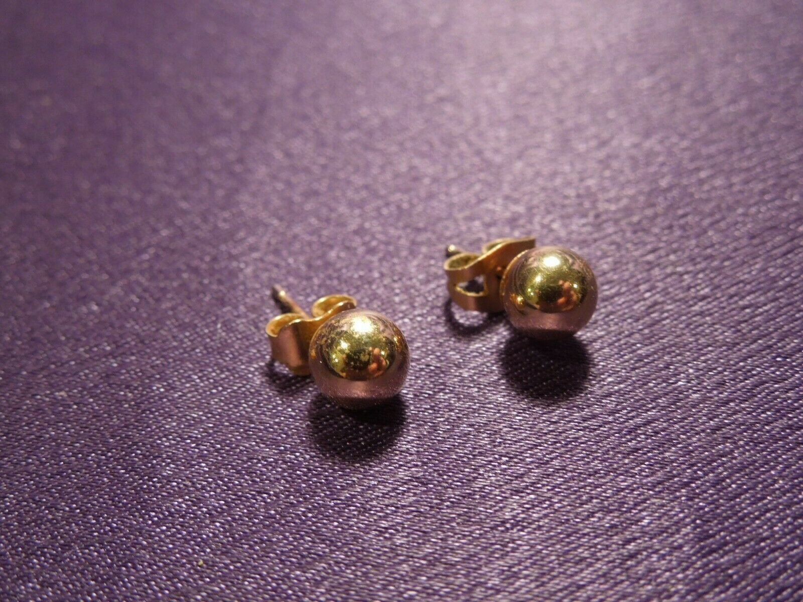 14K Gold Ball Stud Earring Pair