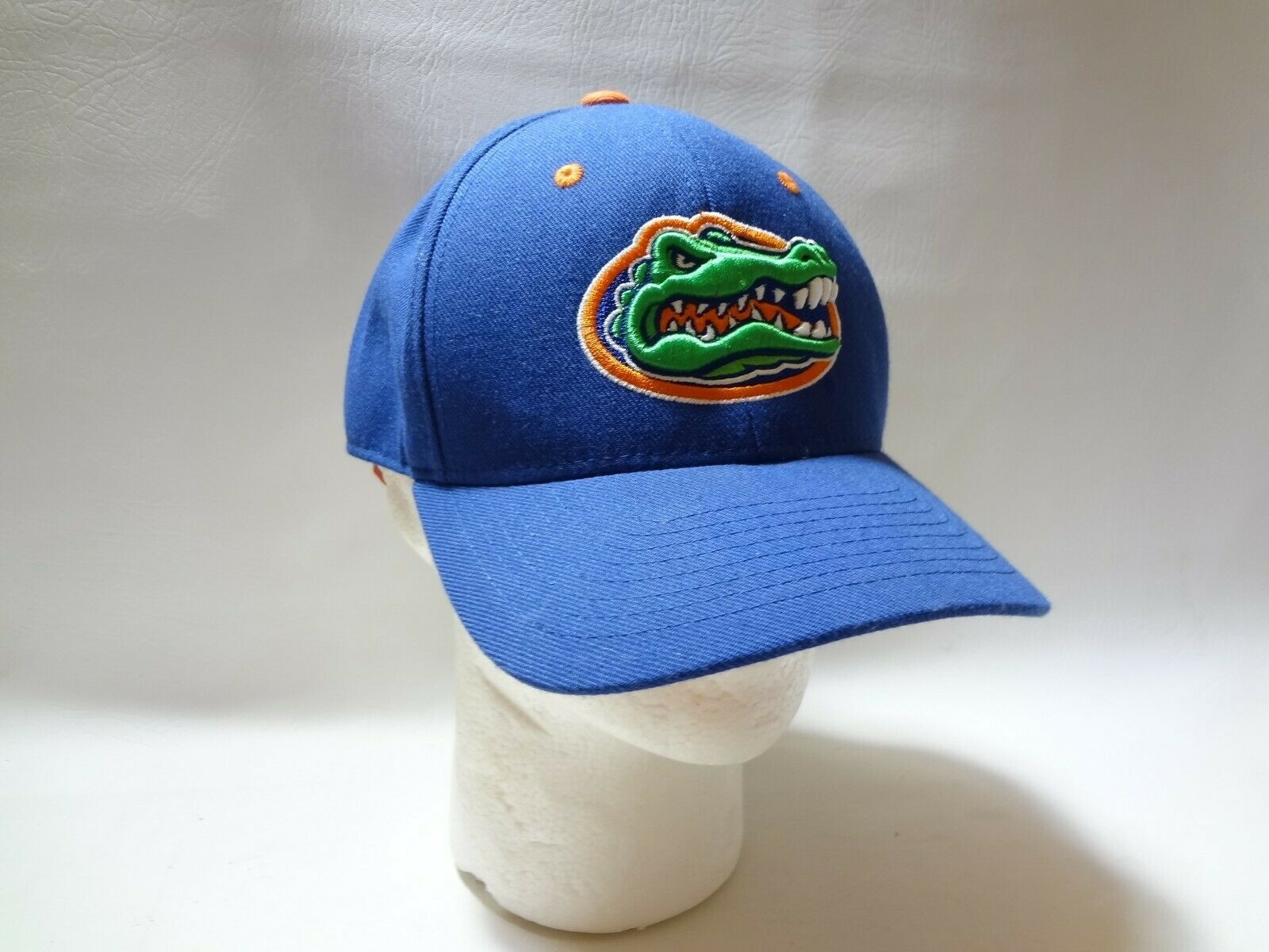 New University Of Florida UF Zephyr Fitted Cap Hat 7 1/2 Z brand College