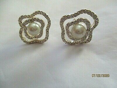 "Primary image for Vintage Abstract Rhinestone Faux Pearl Silver Clip Earrings  1"" signed Wedding"
