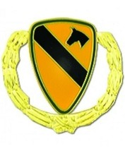 US Army 1st Cavalry Division with Wreath Pin - $4.94